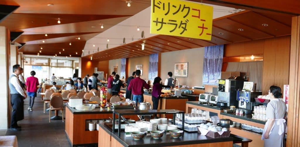 hotel-kintetsu-breakfast