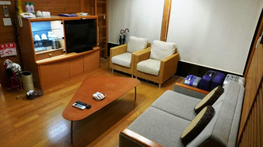 hotel-kintetsu-living-rm