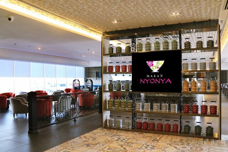 Nonya Makan Restaurant at Estadia Hotel