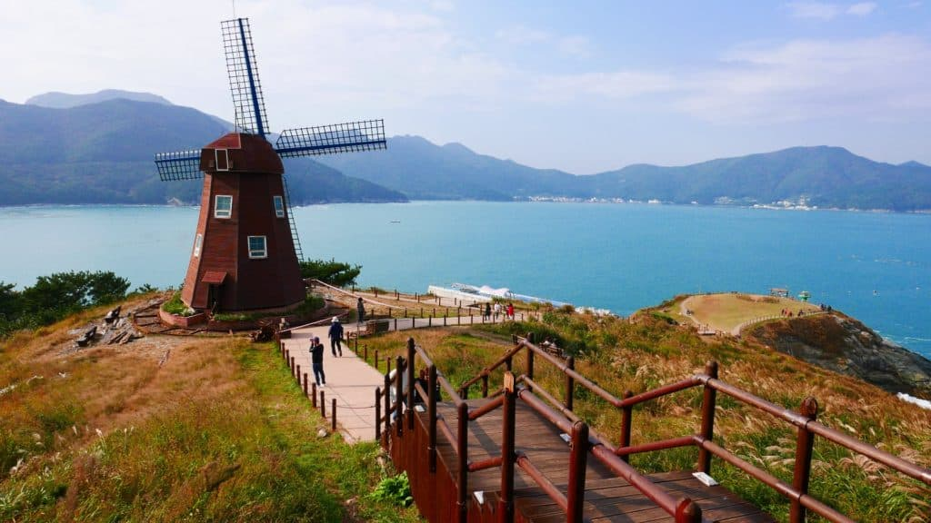 windy hill geoje